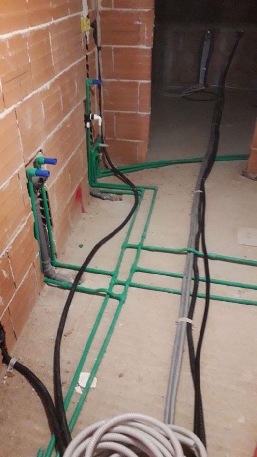 Impianto Idraulico Bagno Multistrato.Ristrutturazione Appartamenti A Siracusa